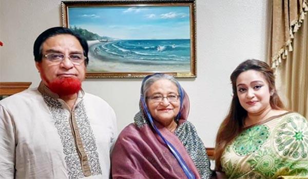 কুমিল্লায় নাশকতা প্রতিরোধে মহাসড়কে এমপি বাহার সমর্থকরা