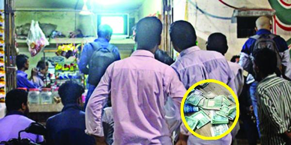 বুড়িচংয়ে বিশ্বকাপ ফুটবল খেলাকে কেন্দ্র করে জমজমাট জুয়ার আসর