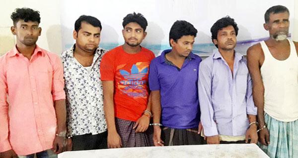 কুমিল্লায় জোড়া খুনের ঘটনায় ৮৫ জনের বিরুদ্ধে মামলা