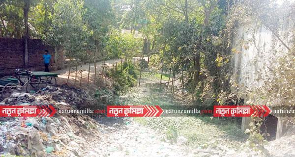 কুমিল্লায় দখলদারের কবলে পড়ে অস্তিত্ব সংকটে ২০৩ খাল