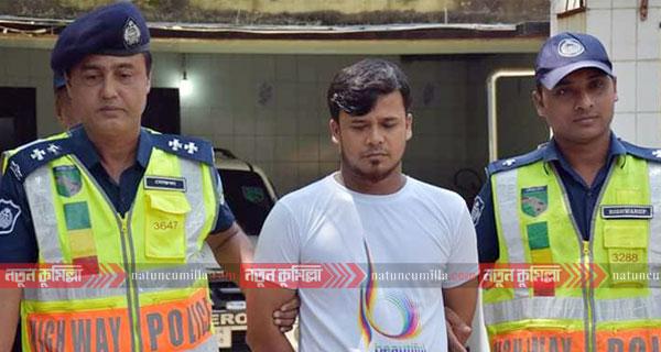 কুমিল্লায় বাস চাপায় ৮ জন নিহতের ঘটনায় বাস চালক গ্রেফতার